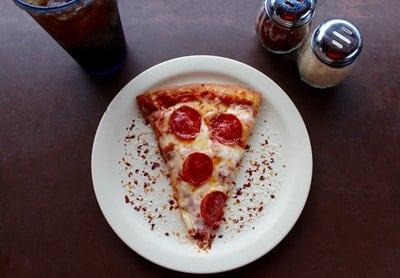 pizza-slice01_pexels-photo-708587