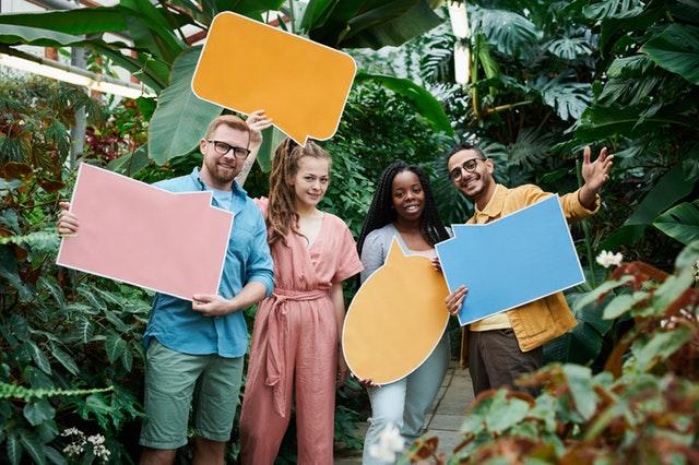 word-balloon-people01_pexels